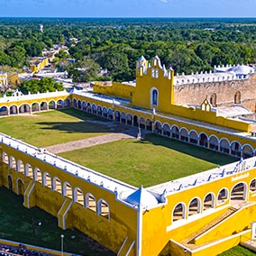 The yellow city of Yucatán: Izamal
